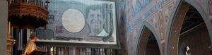 Faust auf Geldschein