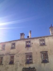 Beamer auf dem Dach in ihren Allweterkisten